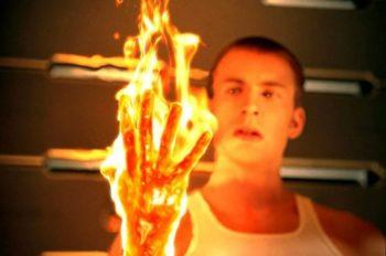 Chris Evans va reprendre le rôle de la Torche dans le reboot des 4 Fantastiques