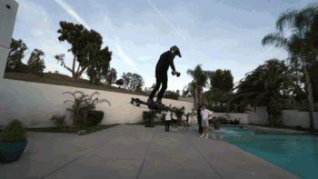 Un hoverboard fonctionnel arpente les rues de Los Angeles