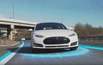 Tesla propose un abonnement pour sa fonction de conduite autonome